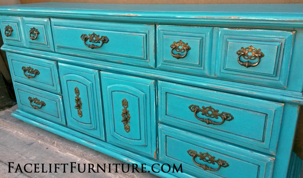 Dresser in Distressed Turquoise & Black Glaze Before