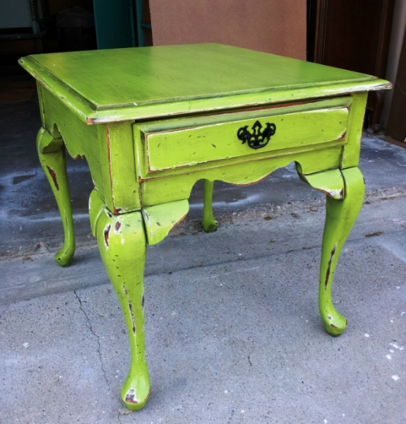 Queen Anne End Table in Lime Green and Black Glaze. From Facelift Furniture's Lime Green Furniture collection.