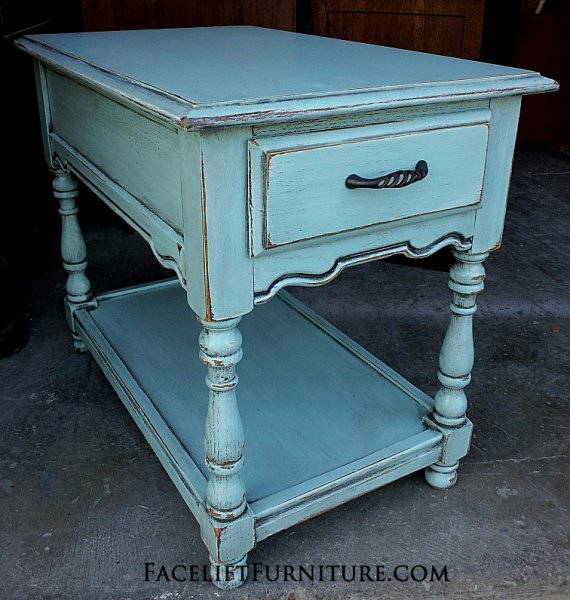 Exceptionnel Chunky End Table In Robinu0027s Egg Blue With Black Glaze. From Facelift Furnitureu0027s  Robinu0027s Egg